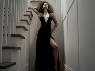 girl-in-stair-well_2_3_2-copy_0